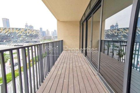 Apartment in Jumeirah, Dubai, UAE 3 bedrooms, 215.8 sq.m. № 4676 - photo 2