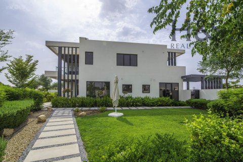 Villa in DAMAC Hills (Akoya by DAMAC), Dubai, UAE 4 bedrooms, 209 sq.m. № 3093 - photo 1