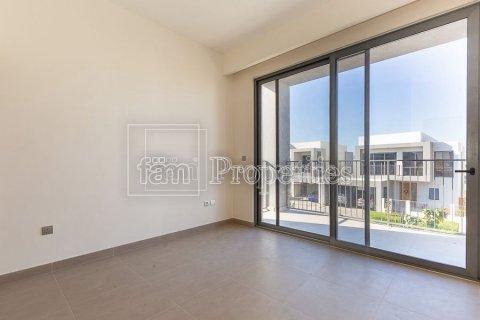 Villa in Dubai Hills Estate, Dubai, UAE 4 bedrooms, 458.3 sq.m. № 3199 - photo 15