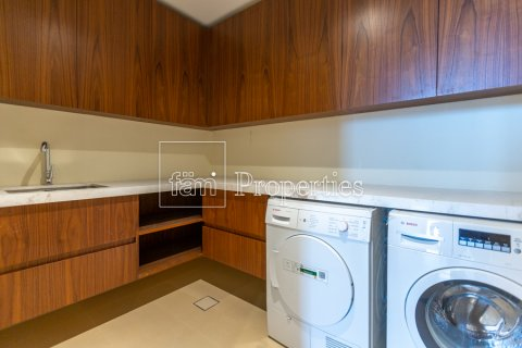Apartment in Downtown Dubai (Downtown Burj Dubai), Dubai, UAE 3 bedrooms, 294.5 sq.m. № 4619 - photo 21