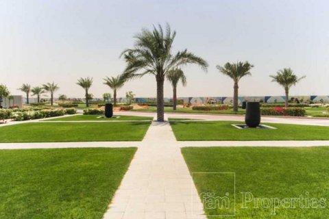 Townhouse in Dubai Land, Dubai, UAE 4 bedrooms, 386.8 sq.m. № 3477 - photo 7