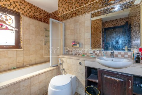 Villa in Dubai Land, Dubai, UAE 6 bedrooms, 1254.2 sq.m. № 5196 - photo 25