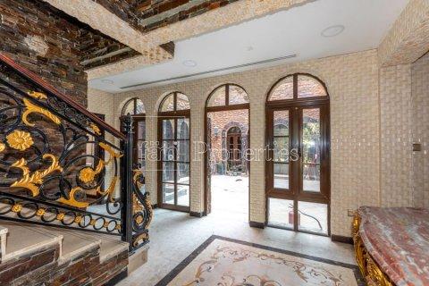 Villa in Dubai Land, Dubai, UAE 6 bedrooms, 1254.2 sq.m. № 5196 - photo 14