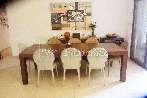 Apartment in Dubai, UAE 3 bedrooms, 170.8 sq.m. № 3287 - photo 9