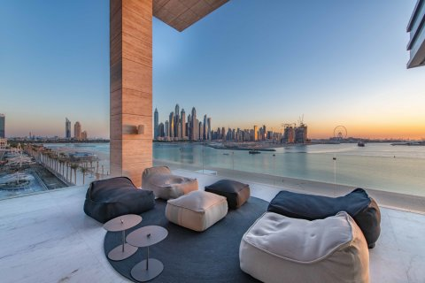 Penthouse in Palm Jumeirah, Dubai, UAE 3 bedrooms, 445.3 sq.m. № 632 - photo 14