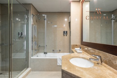 Apartment in Sheikh Zayed Road, Dubai, UAE 3 bedrooms, 195.1 sq.m. № 663 - photo 19