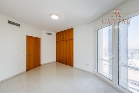 Apartment in Sheikh Zayed Road, Dubai, UAE 2 bedrooms, 164.9 sq.m. № 400 - photo 7