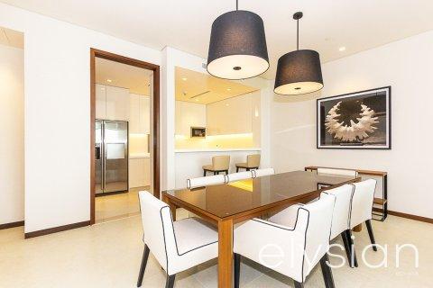 Apartment in The Hills, Dubai, UAE 2 bedrooms, 141.3 sq.m. № 7485 - photo 1