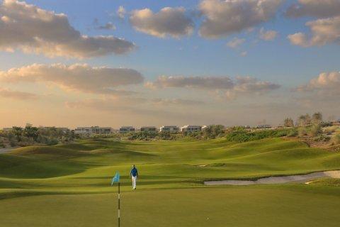 Villa in Dubai Hills Estate, Dubai, UAE 6 bedrooms, 1182.4 sq.m. № 208 - photo 9