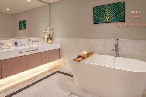 Apartment in Palm Jumeirah, Dubai, UAE 41 sq.m. № 555 - photo 9