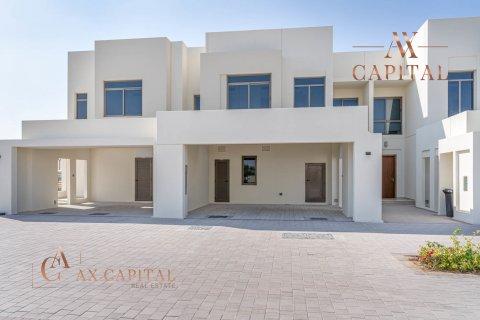 Townhouse in Town Square, Dubai, UAE 3 bedrooms, 192.6 sq.m. № 2135 - photo 1