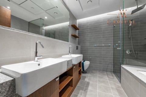Apartment in Al Kifaf, Dubai, UAE 2 bedrooms, 131.7 sq.m. № 594 - photo 11