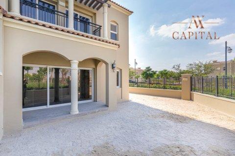 Villa in Serena, Dubai, UAE 3 bedrooms, 283.7 sq.m. № 2714 - photo 1