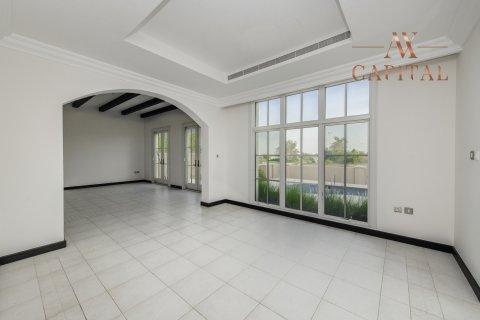 Villa in Jumeirah Golf Estates, Dubai, UAE 4 bedrooms, 362 sq.m. № 813 - photo 2