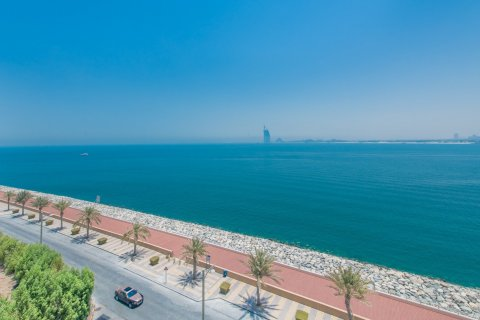 Apartment in Palm Jumeirah, Dubai, UAE 2 bedrooms, 161.6 sq.m. № 778 - photo 10