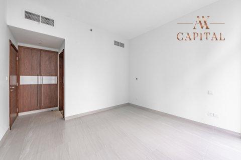 Apartment in Al Kifaf, Dubai, UAE 2 bedrooms, 131.7 sq.m. № 594 - photo 8
