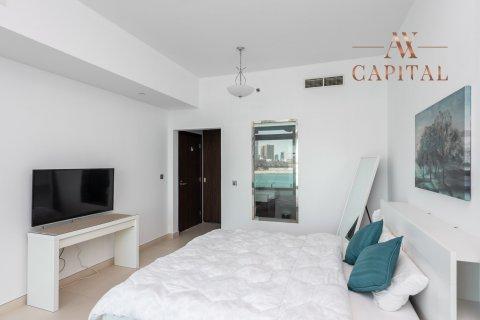 Apartment in Palm Jumeirah, Dubai, UAE 1 bedroom, 130.1 sq.m. № 540 - photo 7