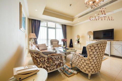 Apartment in Palm Jumeirah, Dubai, UAE 2 bedrooms, 164 sq.m. № 277 - photo 2