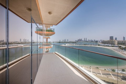 Apartment in Palm Jumeirah, Dubai, UAE 3 bedrooms, 210.5 sq.m. № 375 - photo 13
