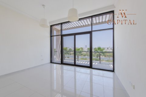 Villa in DAMAC Hills (Akoya by DAMAC), Dubai, UAE 5 bedrooms, 408.8 sq.m. № 319 - photo 4
