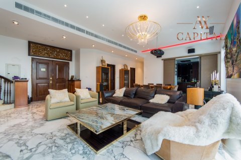 Penthouse in Palm Jumeirah, Dubai, UAE 4 bedrooms, 462.3 sq.m. № 738 - photo 2