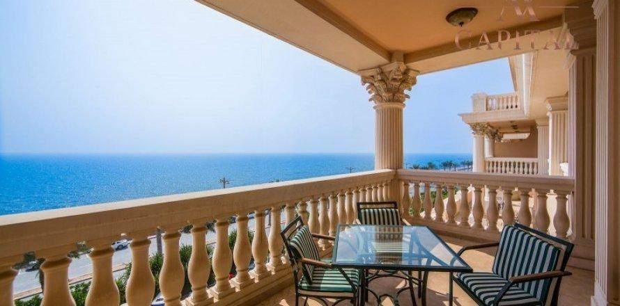 Apartment in Palm Jumeirah, Dubai, UAE 2 bedrooms, 164 sq.m. № 277