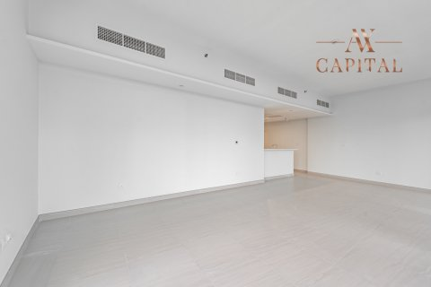 Apartment in Al Kifaf, Dubai, UAE 2 bedrooms, 131.7 sq.m. № 594 - photo 4