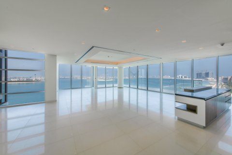 Penthouse in Palm Jumeirah, Dubai, UAE 3 bedrooms, 453.1 sq.m. № 782 - photo 3
