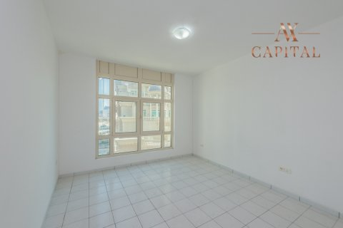 Apartment in Sheikh Zayed Road, Dubai, UAE 2 bedrooms, 125.9 sq.m. № 407 - photo 6