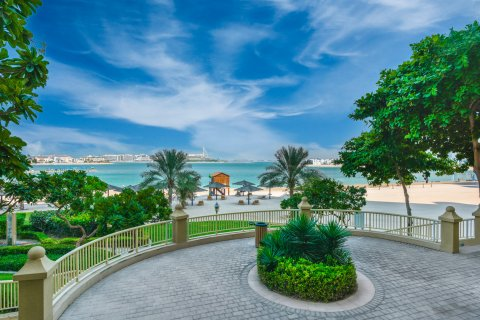Apartment in Palm Jumeirah, Dubai, UAE 1 bedroom, 66.9 sq.m. № 748 - photo 4
