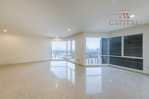 Apartment in Sheikh Zayed Road, Dubai, UAE 2 bedrooms, 164.9 sq.m. № 400 - photo 2