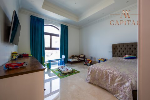 Penthouse in Palm Jumeirah, Dubai, UAE 4 bedrooms, 462.3 sq.m. № 738 - photo 7