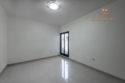Villa in Jumeirah, Dubai, UAE 3 bedrooms, 206.7 sq.m. № 2454 - photo 7