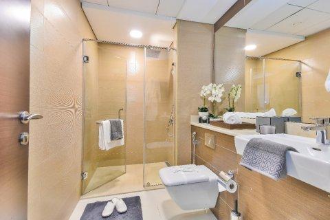 Apartment in Dubai, UAE 2 bedrooms, 143 sq.m. № 8201 - photo 14