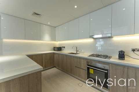 Apartment in Dubai Marina, Dubai, UAE 2 bedrooms, 115.5 sq.m. № 2719 - photo 7