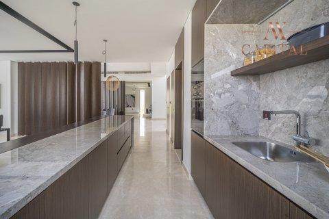 Villa in Dubai Hills Estate, Dubai, UAE 5 bedrooms, 724.6 sq.m. № 14612 - photo 6