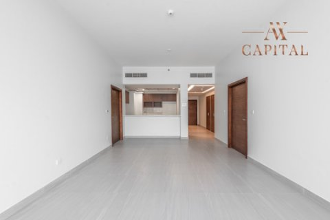 Apartment in Al Kifaf, Dubai, UAE 2 bedrooms, 144.4 sq.m. № 2453 - photo 7