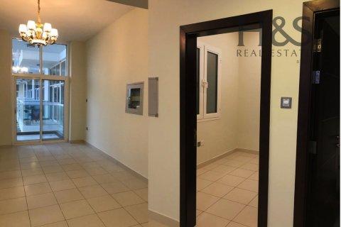 Apartment in Dubai Studio City, Dubai, UAE 1 bedroom, 76.3 sq.m. № 21391 - photo 2