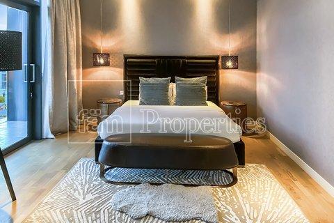 Apartment in Jumeirah, Dubai, UAE 3 bedrooms, 287.6 sq.m. № 4478 - photo 7