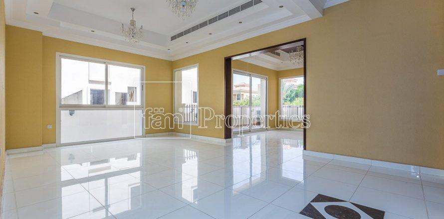 Villa in Dubai Land, Dubai, UAE 4 bedrooms, 557.4 sq.m. № 4774