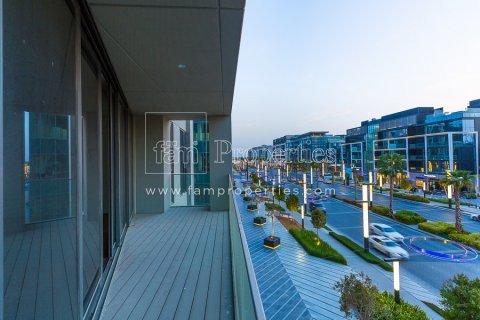 Apartment in Jumeirah, Dubai, UAE 3 bedrooms, 204.5 sq.m. № 4707 - photo 21