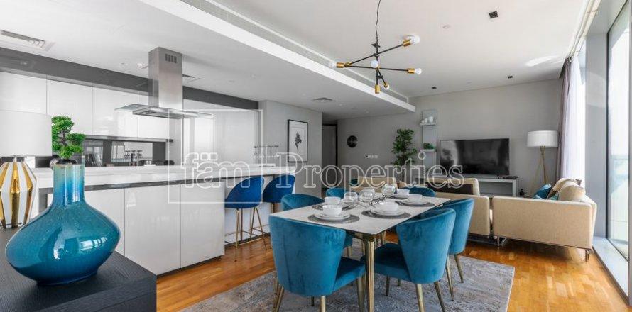 Apartment in Dubai, UAE 3 bedrooms, 189 sq.m. № 5025