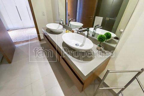 Apartment in Jumeirah, Dubai, UAE 3 bedrooms, 287.6 sq.m. № 4478 - photo 13