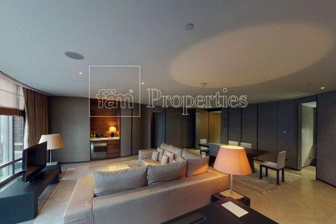 Apartment in Downtown Dubai (Downtown Burj Dubai), Dubai, UAE 2 bedrooms, 178.9 sq.m. № 25761 - photo 4