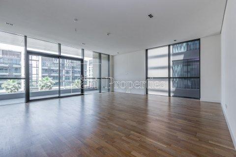 Apartment in Jumeirah, Dubai, UAE 3 bedrooms, 204.6 sq.m. № 4706 - photo 1