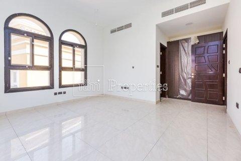 Villa in Dubai Land, Dubai, UAE 5 bedrooms, 566.7 sq.m. № 5207 - photo 20