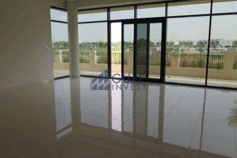 Villa in DAMAC Hills (Akoya by DAMAC), Dubai, UAE 5 bedrooms, 390.2 sq.m. № 19404 - photo 1