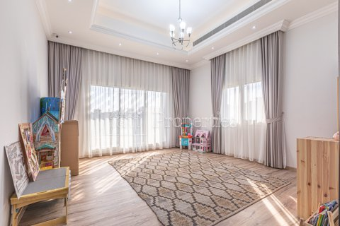 Villa in Dubai Land, Dubai, UAE 5 bedrooms, 743.2 sq.m. № 5116 - photo 8