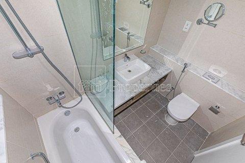 Apartment in Business Bay, Dubai, UAE 1 bedroom, 83.2 sq.m. № 4532 - photo 24