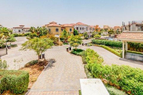 Villa in Dubai Land, Dubai, UAE 7 bedrooms, 650.3 sq.m. № 5047 - photo 27